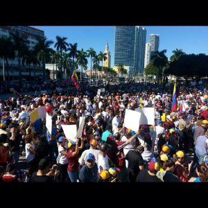 Protestas en Bayfront Park